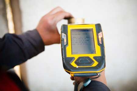karat measured with handheld XRF analyzer spectrometer