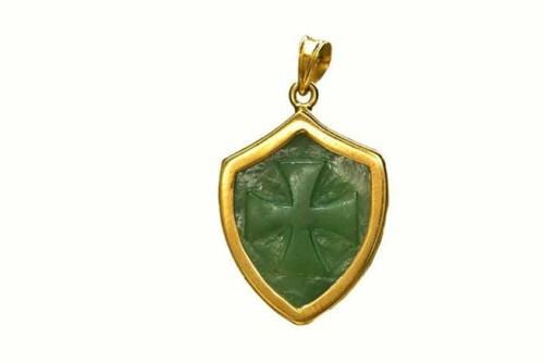 Canada Jade pendant - Templar Cross - Gold Plated