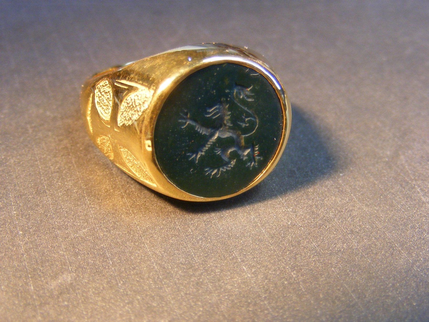 Gold Masonic Ring Custom Bespoke For Gents - The Regnas Collection