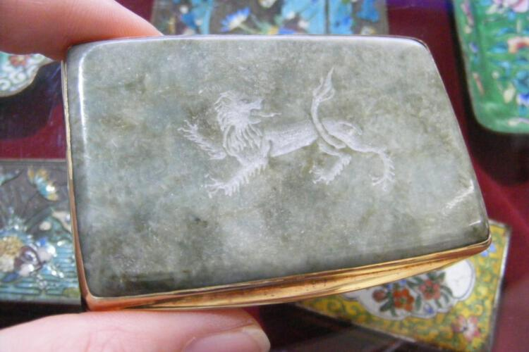Jade Snuffbox Unique Elassical Roman Lion Engraved Solid Gold Plated Sterling Silver 925