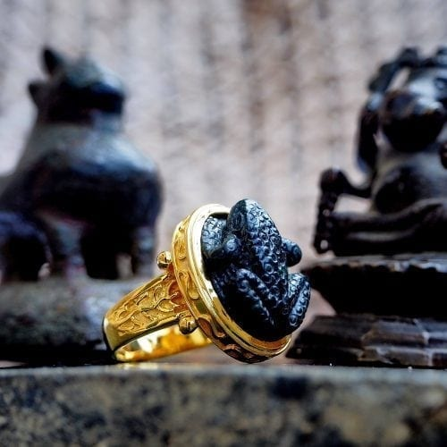 Black Onyx Frog Ring
