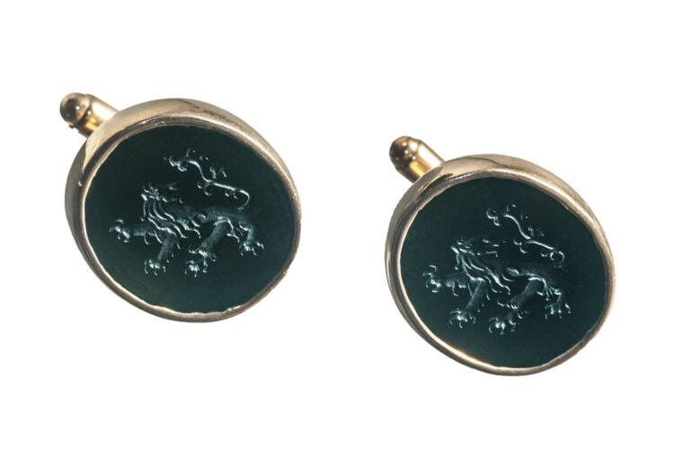 Engraved black onyx lion cufflinks