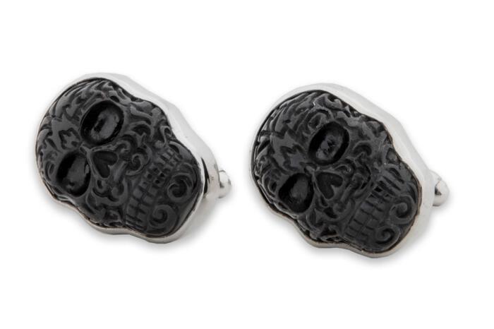 balck Onyx skull cufflinks in Aztec style on silver