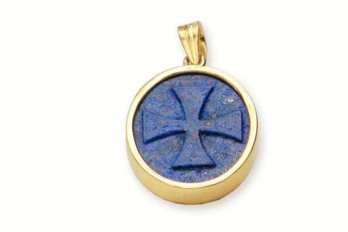 Templar Cross pendant