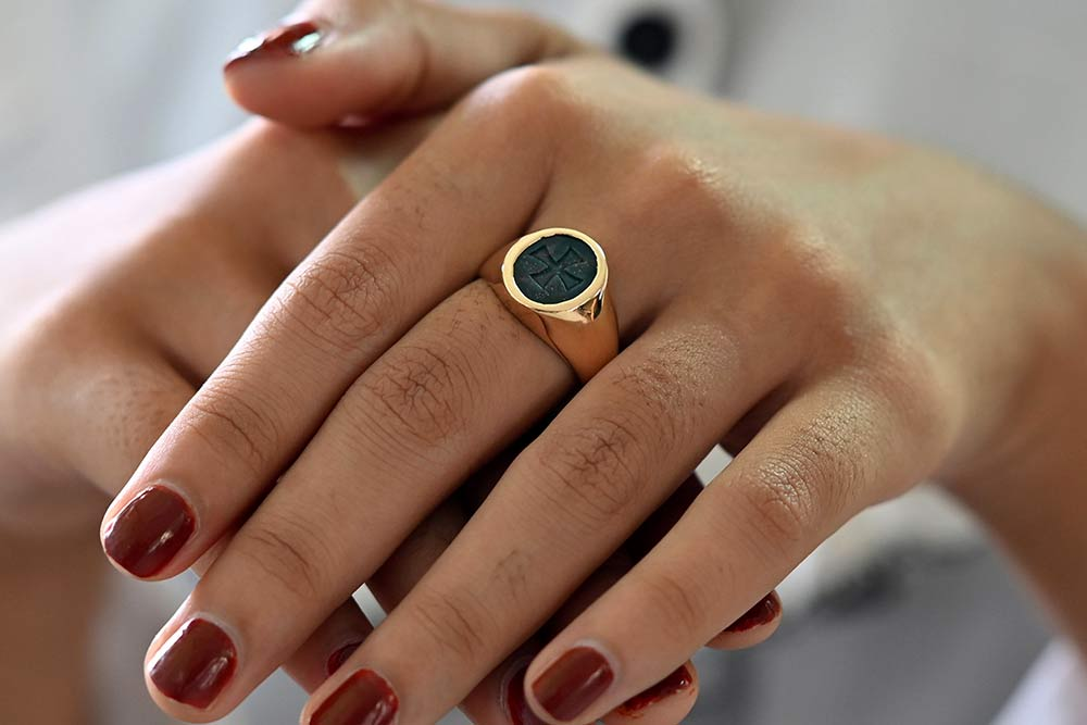Gold Bloodstone Signet Ring