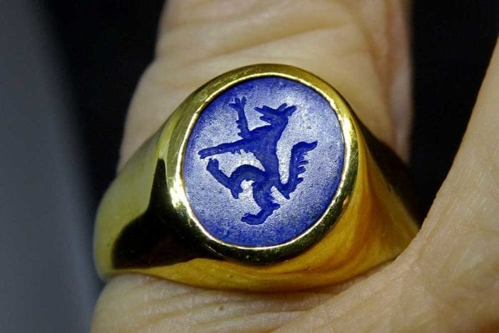 Gold Wolf Signet Ring