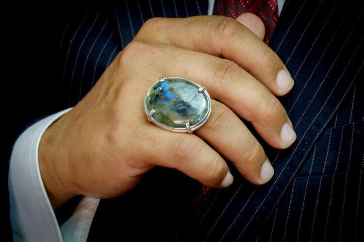 Large Labradorite Ring - Roman Setting - Sterling Silver 925