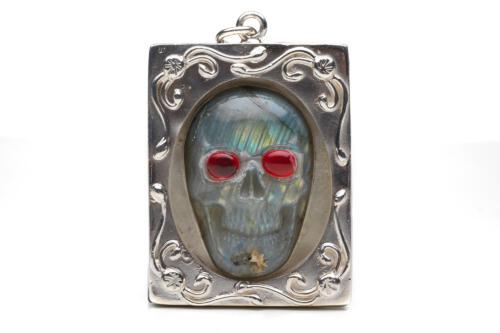 Labradorite Skull Pendant or Brooch - Sterling Silver Frame