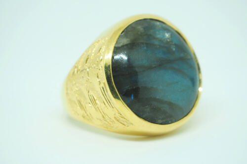 Labradorite Ring - Lion Shoulders - Gold Plated Sterling Silver