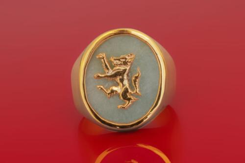 Chrysoprase Wolf Ring - Gold Plated