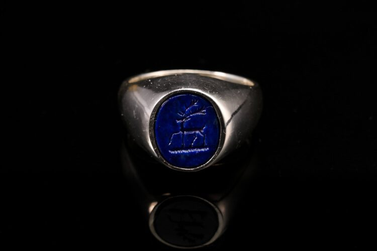 Lapis Stag Trippant Ring -Sterling Silver