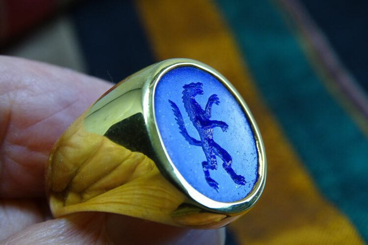 lapis Lazuli Wolf Ring - Engraved - Gold Plated Sterling Silver