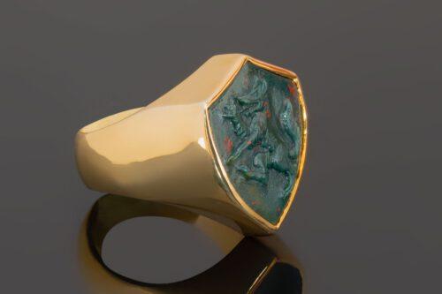 Shield Shape Bloodstone Wolf Ring
